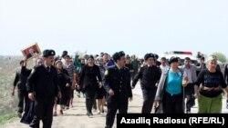 Sabirabadda etiraz aksiyası. 10 aprel 2012 (Arxiv foto)