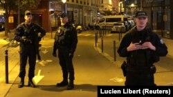 Полиция в Париже после нападения Хамзата Азимова в мае 2018 года