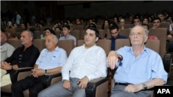 Milli Kino Günündə iştirak edən bir qrup Azərbaycan kino xadimi.