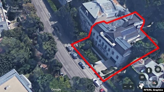 «Схеми» знайшли у Відні маєток Холодова, оформлений на його дружину