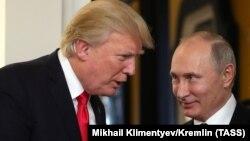 Дональд Трамп і Володимир Путін зустрічалися двічі в кулуарах міжнародних самітів і щонайменше вісім разів розмовляли по телефону, але окремої повноцінної зустрічі ще не мали