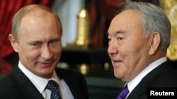 Russian President Vladimir Putin (left) with his Kazakh counterpart Nursultan Nazarbaev at a CSTO meeting in Moscow in 2012.