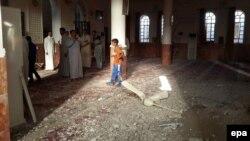 İraqda məscid, arxiv fotosu