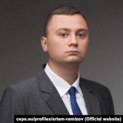Артем Ремізов