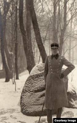 Ofițer român prizonier (Foto: Expoziția Marele Război, 1914-1918, Muzeul Național de Istorie a României)
