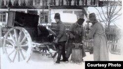 Fierărie mobilă a Armatei Române, 1917 Courtesy Photo: Expoziția Marele Război, 1914-1918, Muzeul Național de Istorie a României