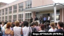 გორის ერთ-ერთი საჯარო სკოლა. 15 სექტემბერი, 2010
