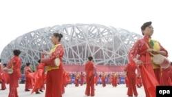 Право попасть на Олимпийский стадион Пекина гимнасты завоевывают в упорной борьбе