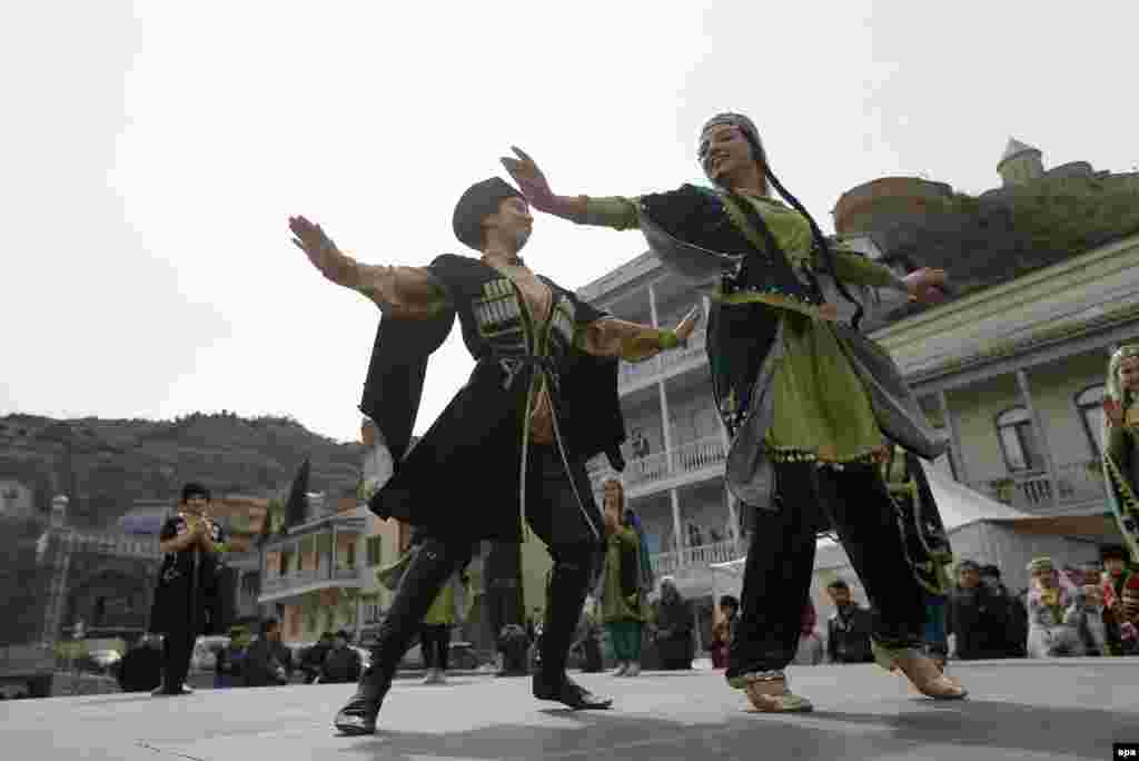 Young Azerbaijani musicians take part in Norouz celebrations in central Tbilisi on March 21.
