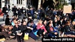 Trinaestog dana ispred crnogorske skupštine žene su donijele odluku o radikalizaciji protesta