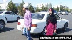 Gündogar Türkmenistan, hijably gyz