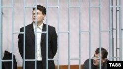 Евгений Худяков и Сергей Аракчеев на скамье подсудимых