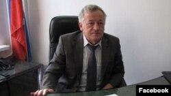 Шешенстан жоғарғы соты төрағасының міндетін атқарушы Тахир Мурдалов.