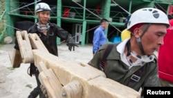Казахстанские спасатели во время учений «Казспас» в Алматинской области. Иллюстративное фото.