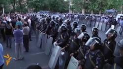 Protestatarii de la Erevan nu se lasă