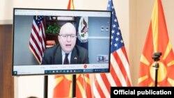 Помошникот државен секретар за европски и евроазиски прашања во американскиот Стејт Департмент Филип Рикер на одбележувањето на 25 годишнината на американско-македонските дипломатски односи