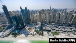 د متحده عربي اماراتو په دوبۍ ښار کې یو شمېر پرتمینې ودانۍ