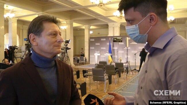 «Схеми» поцікавилися в депутата Волинця, звідки в нього з'явилися додаткові мільйони на оновлення житла
