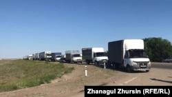 Протест дальнобойщиков на трассе Самара — Шымкент. Актюбинская область, 2 июня 2021 года.