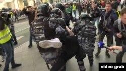 Задержания на акции протеста в Москве