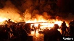 Столкновения в Киеве в ночь на 19 февраля 2014 года.