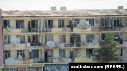 The blast damaged Abadan homes