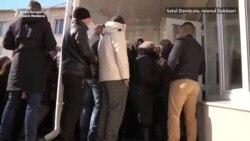 Îmbulzeală și transport organizat la secțiile de votare pentru Transnistria