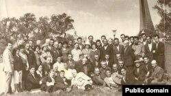 Встреча представителей крымскотатарского народа с Аметханом Султаном в Москве, октябрь 1966 года