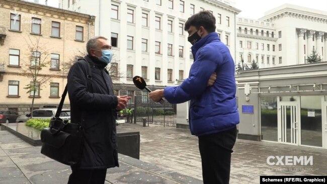 Що про це думає Сергій Кальченко, голова комітету Верховної Ради з питань регламенту, який опікується роботою парламентарів та дотримання ними закону «Про статус народного депутата»?
