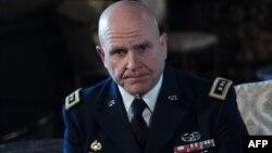 Генерал-лейтенант армии США Герберт Раймонд МакМастер (на фото) критикует поддержку Россией режима в Сирии