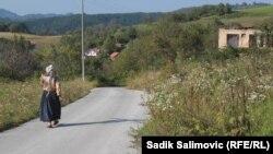 Povratnici u selu Osmače kod Srebrenice, foto: Sadik Salimović