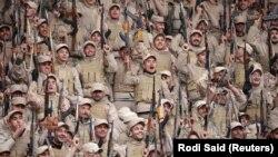 Курдские отряды самообороны в городе аль-Хасака на северо-востоке Сирии, 23 января, 2018 года