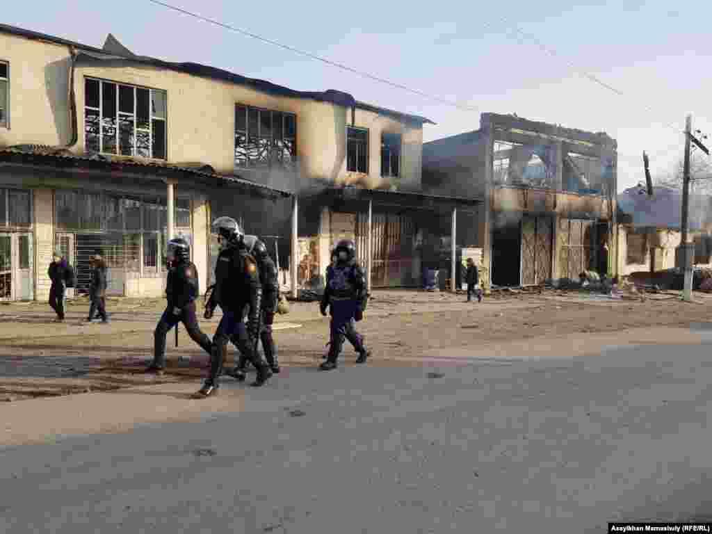 На улицах Масанчи— патрули из сотрудников силовых структур.