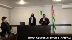 В Абхазии суд оправдал экс-сотрудников милиции по делу об убийстве задержанного