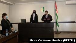В Абхазии суд оправдал сотрудников милиции по делу о смерти задержанного