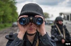 Украинский солдат на блокпосту под Славянском