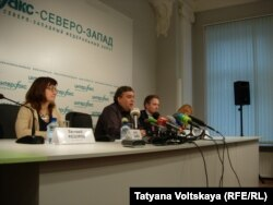 """Пресс-конференция активистов и адвокатов """"Гринпис"""""""