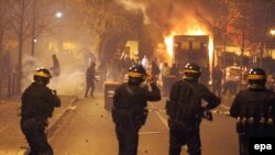 sukobi u predgrađu Pariza, 26. novembar 2007
