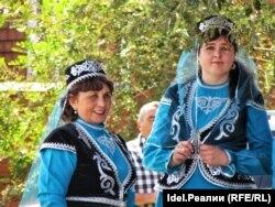 Местные жительницы в день праздника
