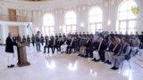 محمد اشرف غنی رئیس جمهور افغانستان حین سخنرانی در یک نشست مقامات افغان در قصر دارالامان