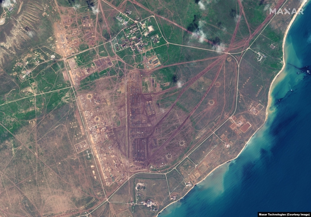 Rusia ka vendosur pajisje ushtarake edhe në qendrën stërvitore Opuk, në bregdetin e Detit të Zi në Krime.