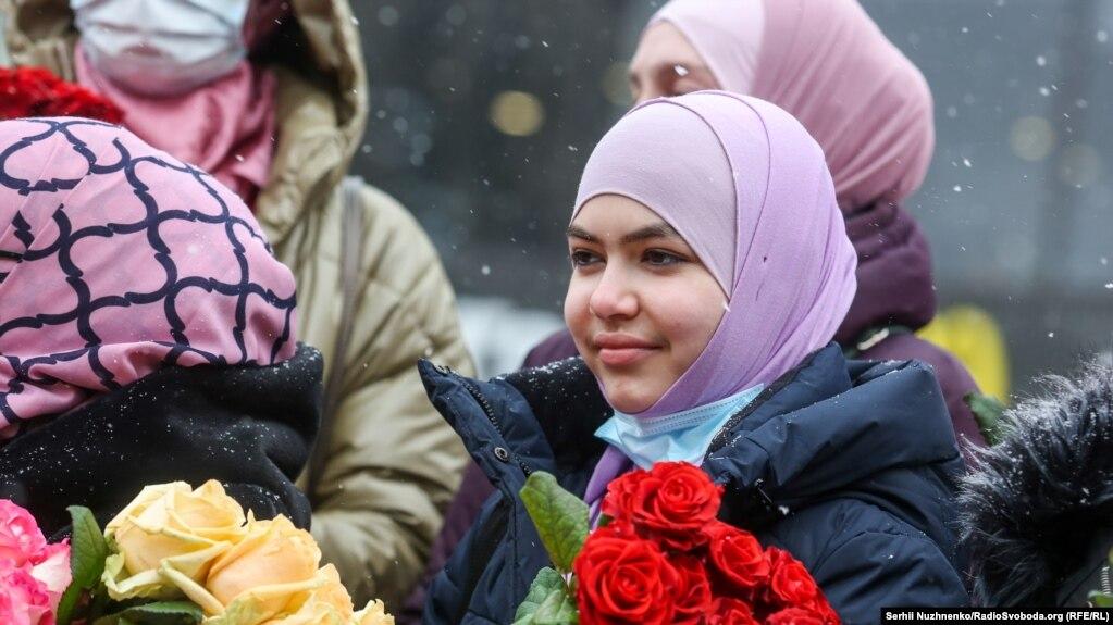 Зимовий Київ наповнився кольорами і усмішками