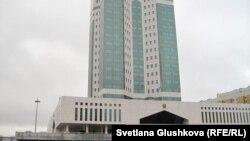 Үкімет үйі, Астана (Көрнекі сурет).