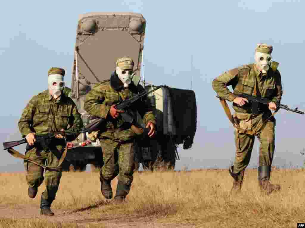 """Совместные белорусско-российские учения """"Запад - 2009"""" проходят под Минском"""