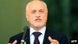 نائب رئيس الوزراء حسين الشهرستاني يتحدث في مؤتمر صحفي ببغداد 29/1/2013