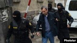 Задержание Жирайра Сефиляна, Ереван, 20 июня 2016 г.