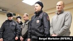 Сергей Коссиев (справа) в суде