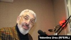 Vladimir Socor în studioul Europei Libere de la Chișinău