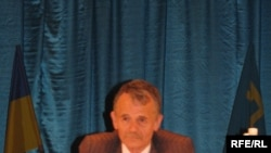 Mustafa Dzhemilev at the World Congress of Tatars in May