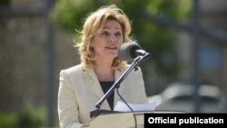 Shefja e zyrës së BE-së në Kosovë, Natalia Apostolova